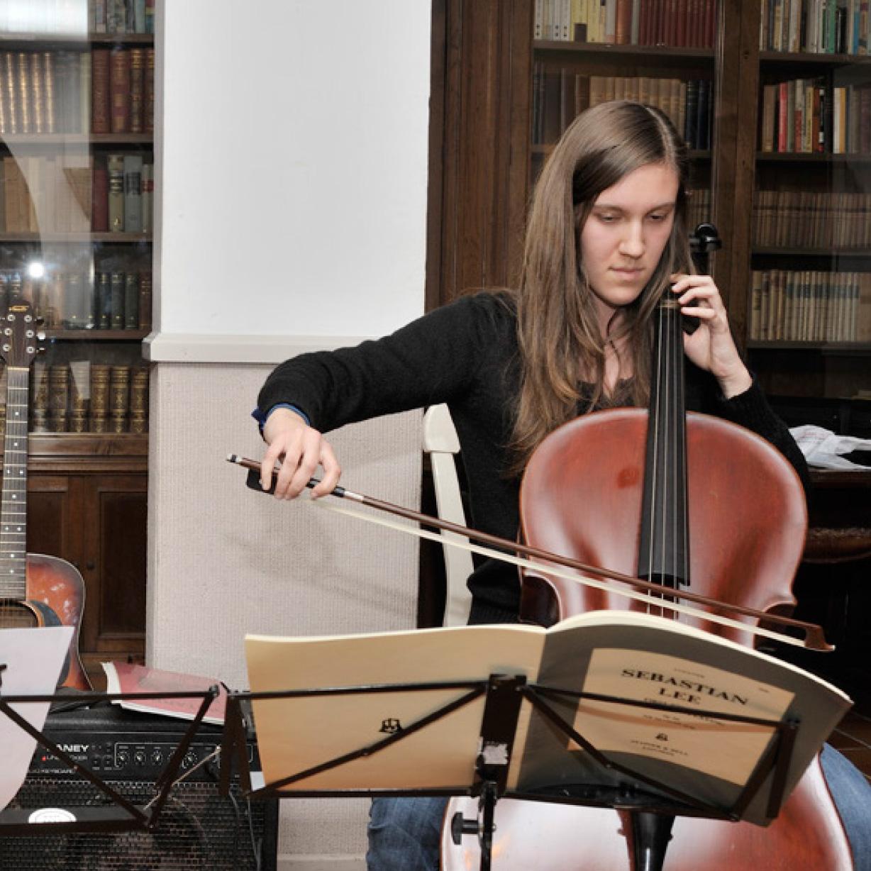 concert cello